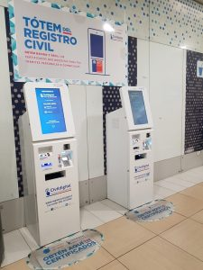 tótems registro civil aeropuerto 1